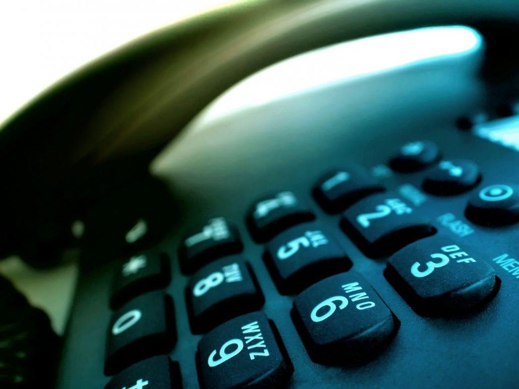 nach österreich telefonieren kosten